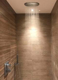Installation de salles de bains design par Eau & Design à Strasbourg