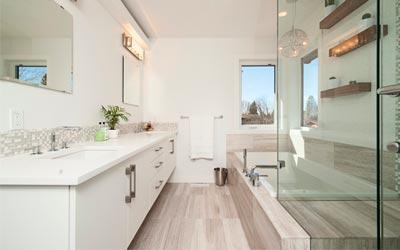 salle de bains en carrelage design